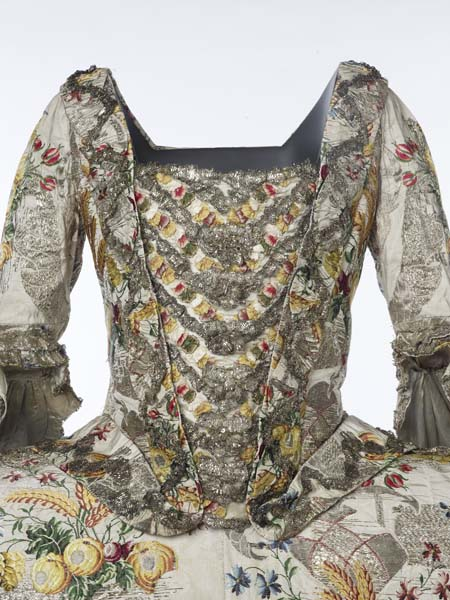Ann Fanshaws Dress 1751-50 -HandBound research