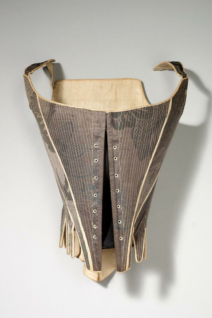 Where can I get a pair of 18th c stays or corset made?, Re-enactment Staymaker, HandBound Historical Costumes specialising in 18th century stays, 18th c corsetry, replica costumes and stays, museum studied clothing including stays and shifts, hand made period costume