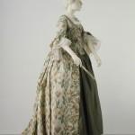 Sack Back - V&A - HandBound Costumes