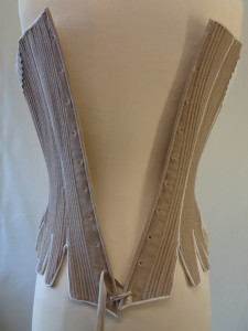 how do I lace my stays, what are the different methods of lacing stays and corsets, what is straight lacing, online hot to videos for historical costumes,