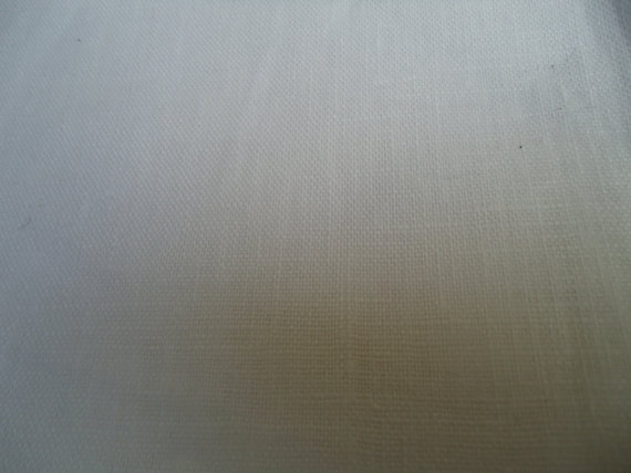 pure linen in various weights, craft linens for sale, furnishing and dressmaking linens and supplies,