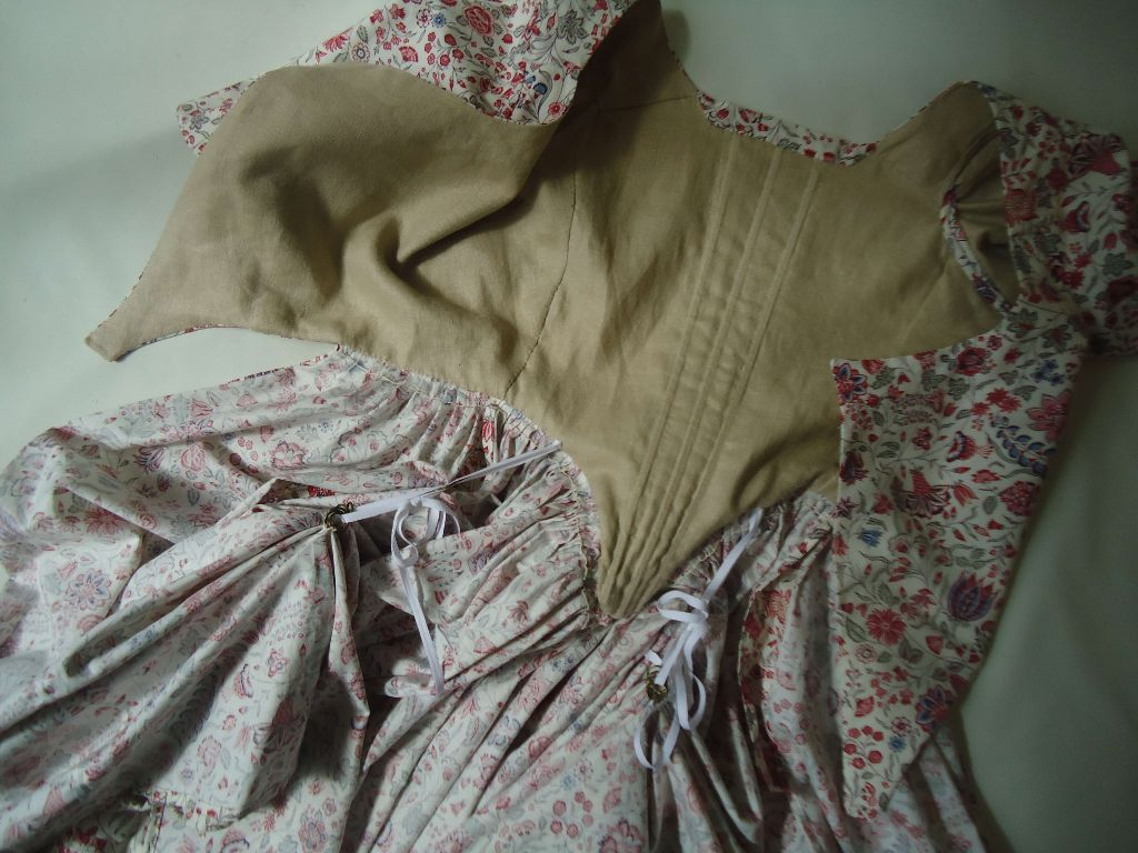 example of1770s polonaise gowns, where can i get someone to make me a good 18th c costume,