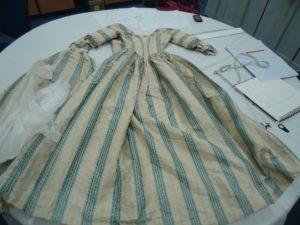 1770s original gown, polonaise style dresses, 18th century