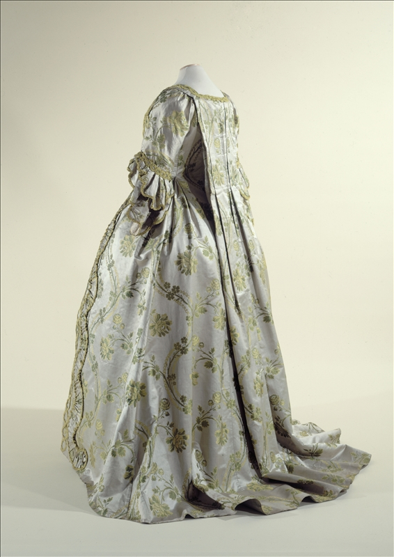 how to make 18th c costume, whats a sack back gown, robe a la francais