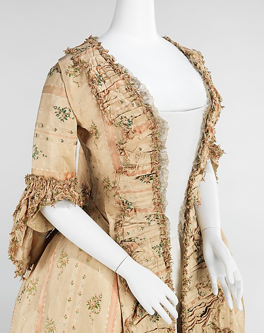 176s0s fashion images - history of dress - sack backs at the MET fashion collection